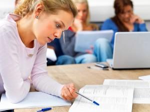 Escola de idiomas contribui e muito para o seu futuro profissional